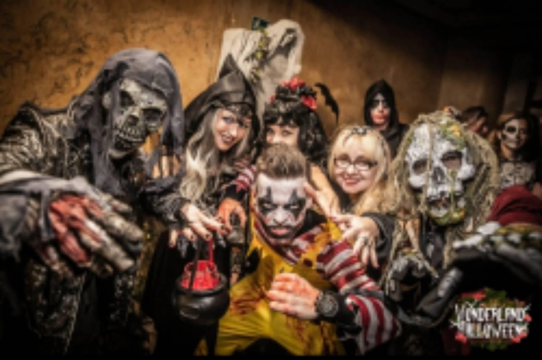 Největší  párty roku, Halloween - WonderLand, Lucerna Praha, VIP Lounge